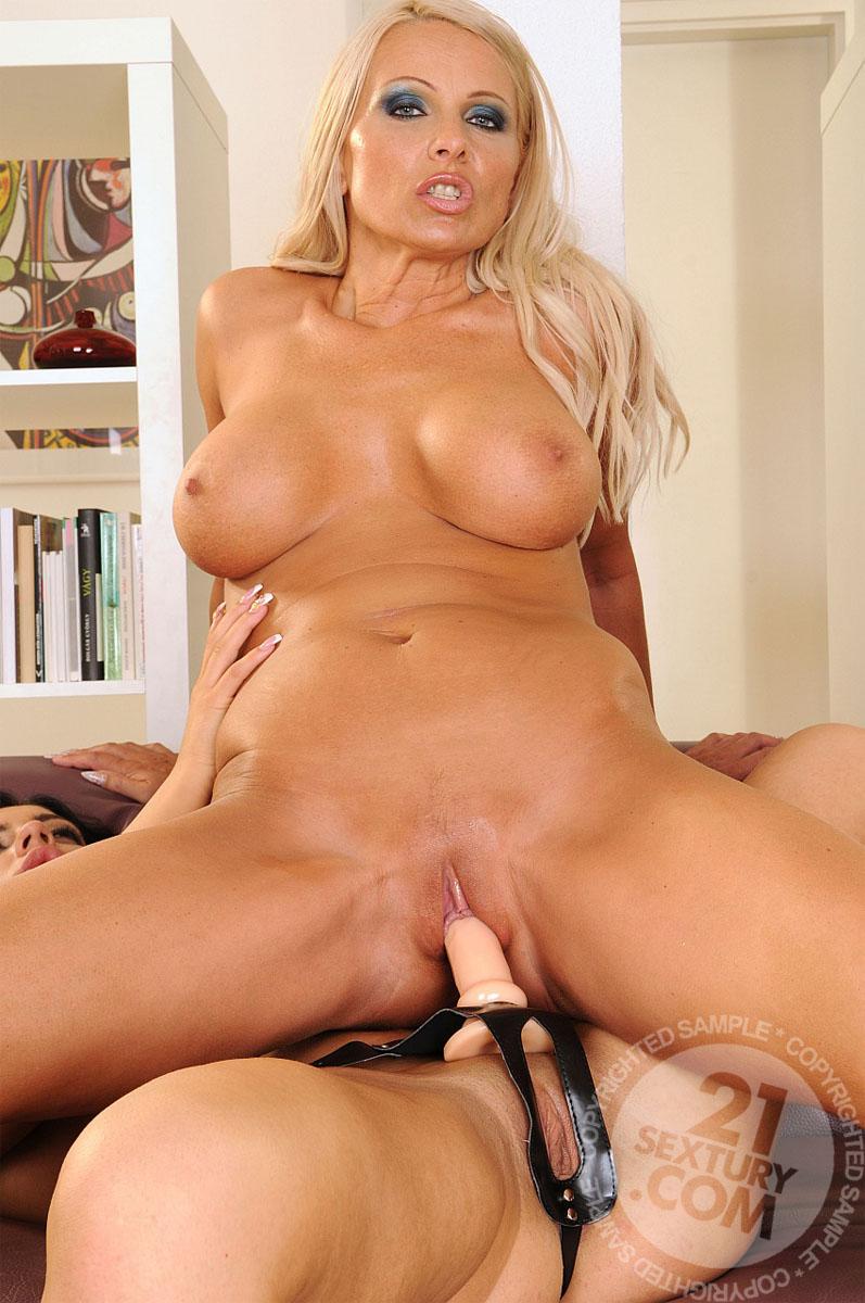 Фото порно модели winnie 7 фотография