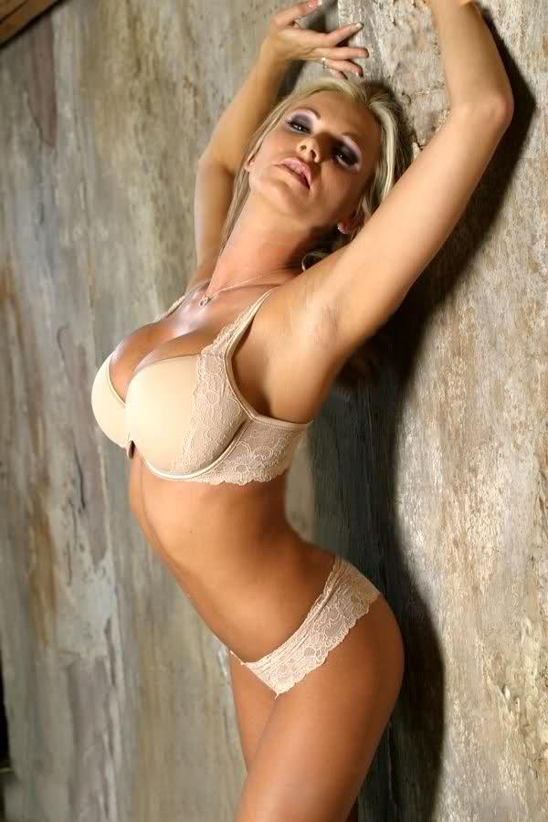 Смотреть браяна бэнкс порно новое 17 фотография