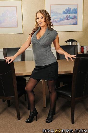 DSC_0643 - Trina Michaels   Trina Michaels posing for