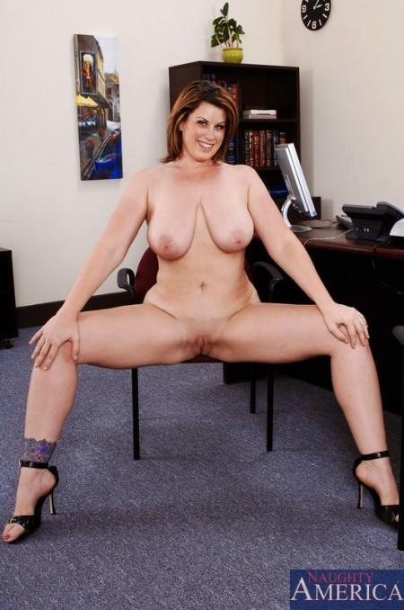 Порно актри спаркс фото 219-624
