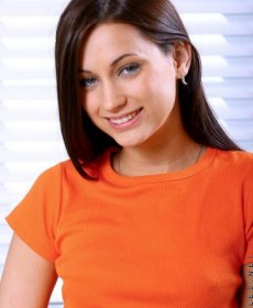 Джорджиа Джонс (Georgia Jones)